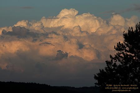 Himmlisches Wolkenspiel